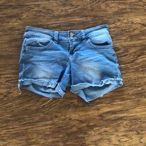 Comfortable jean shorts.